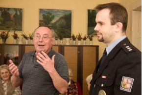 Velitel čakovické policie mezi satalickými seniory, 27.1.2014